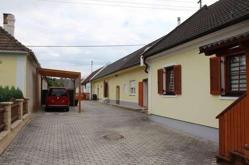 >>> EINFAMILIENHAUS mit Nebengebäude (Streckhof)
