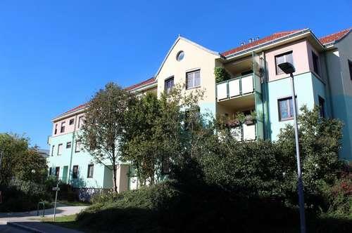 PAUL & Partner: Wohnung mit LOGGIA und Tiefgaragenplatz
