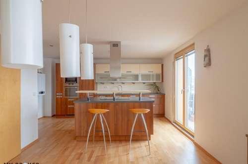 Helle 3 Zimmer Terrassenwohnung mit idealer Raumaufteilung und ausgezeichneter öffentlicher Anbindung