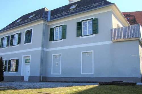 Gepflegtes Einfamilienhaus mit traumhafter Aussicht in 8583 Edelschrott!