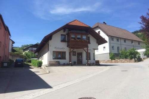 Gut geführtes Wohn- und Geschäftshaus