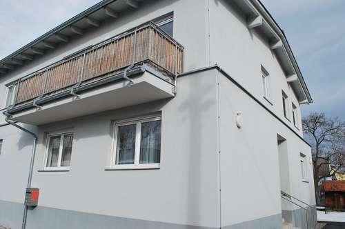 Neuwertige Wohnung in ruhiger Lage nähe Straßenbahn