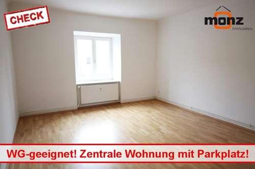 Provisonsfrei! WG-geeignete Wohnung mit zugeordnetem Parkplatz in zentraler Lage!