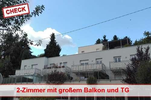 Schöne Wohnung mit großem Balkon und Tiefgaragenparkplatz