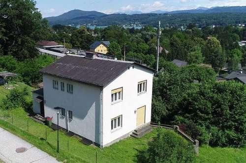 Velden am Wörthersee: Sanierungsbedürftiges Wohnhaus im Zentrum von Velden!