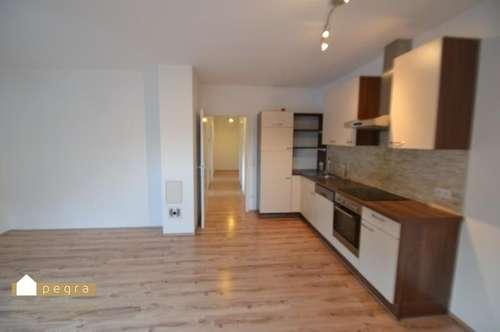 Ebreichsdorf: moderne 3 Zimmer Wohnung mit Nutzung der großen Dachterrasse