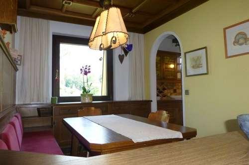 VERMIETET -  sehr große Mietwohnung mit Loggia und TG-Platz