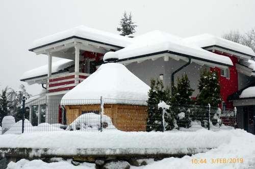 großzügiges Einfamilienhaus mit Garten & Garage