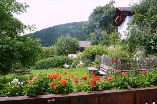 großzügige Mietwohnung mit Garten und Nebenräumen in ehemaligem Bauernhaus