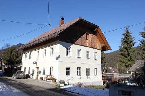 Wohnhaus mit Zimmervermietung