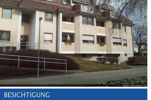 Wiener Neustadt - moderne, möblierte Garconniere mit Terrasse