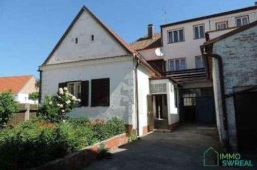 7072Mörbisch - 2 Häuser auf einen Grundstück mit Gewölbekeller im Zentrum!