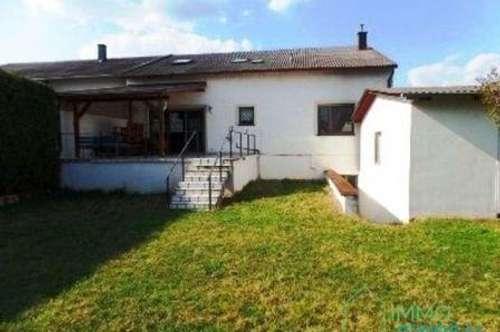 Neusiedl - Preiswertes Einfamilienhaus in zentraler Lage!