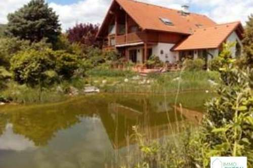 B Gumpoldskirchen - Top Ein bzw. Mehrfamilienhaus in mit großem Garten , 2 Garagen , Schwimmteich , Wintergarten und unverbautem Fernblick!