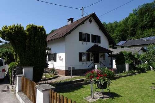 Einfamilienhaus in sonniger, ruhiger Lage!