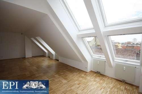 Nähe U1 Reumannplatz: 3 Zimmer-Dachmaisonette