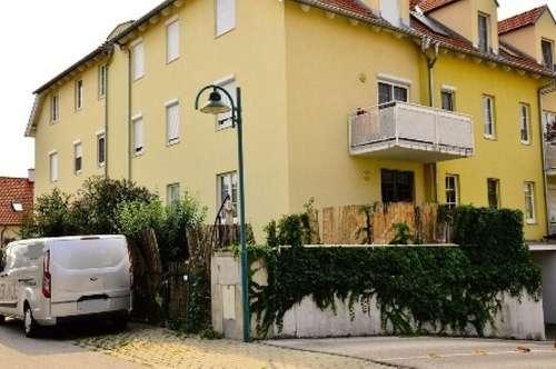 Geförderte 3-Zimmer-Garten-Wohnung mit Tiefgaragen-Stellplatz in TOP LAGE