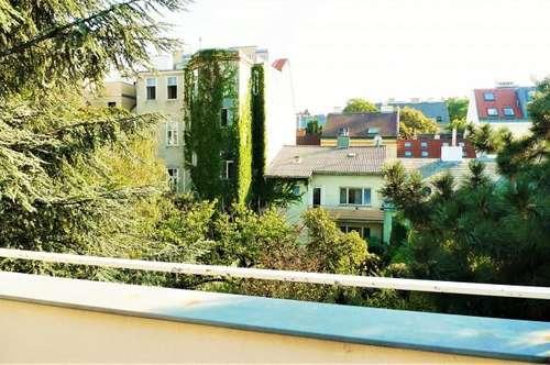 Preisgünstige, sehr charmante 3 Zi DG- Maisonette, 90m² Wfl. mit 3 Terrassen! Etwas sanierungsbedürftig