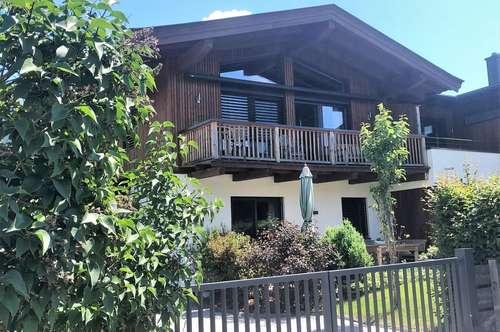 Wertig ausgestattetes Haus mit schönem Bergblick