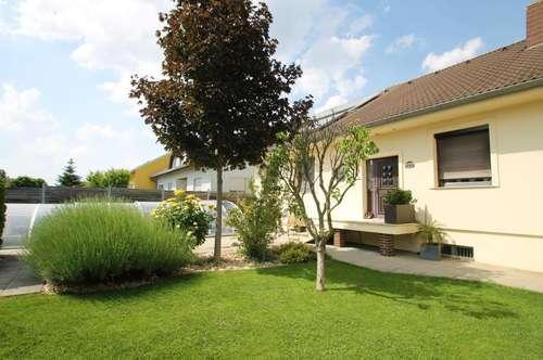 **Wunderschönes Einfamilienhaus mit überdachtem Pool in Parndorf steht zum Verkauf**