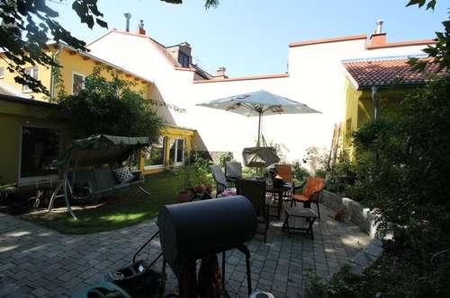 ++1920m² Grundstück ++ zwei Häuser /Haupthaus 220m² Wfl, 7 Zimmer ++ Nebenhaus 80m² Wfl, 2 Zimmer ++