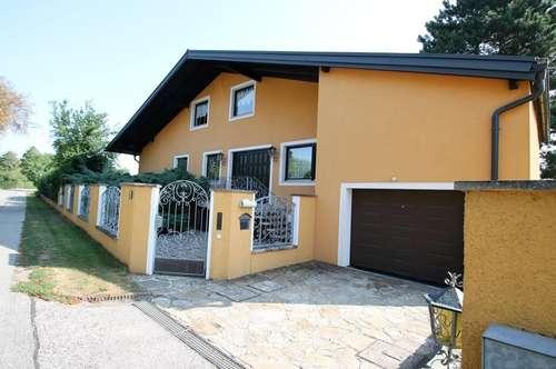 ++ Wunderschönes Einfamilienhaus ++ 320m² Wohnfläche ++ 6 Zimmer mit 1300m² Garten  ++