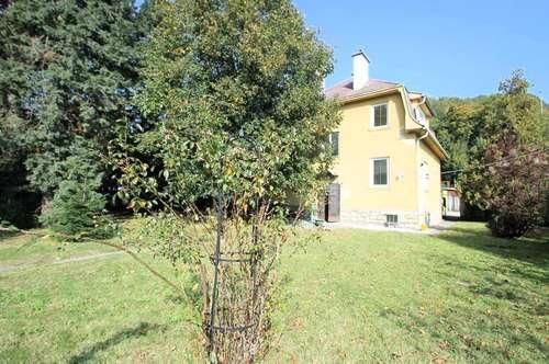 ++Ein-/Mehrfamilienhaus 155m² Wfl. 8 Zimmer, Balkon ++ Garten 500m²