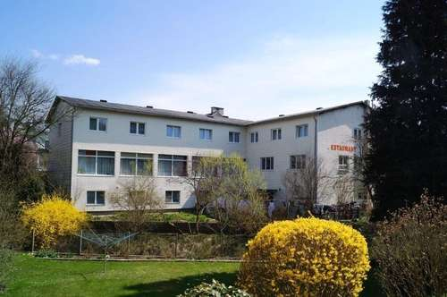 ++ 1700 m² BAUGRUND IN GABLITZ MIT BESTANDSOBJEKT EHEM. HOTEL++