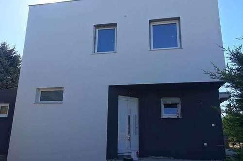 ++250 m² Grundstück++Wfl.120 m²++Neubau++ERSTBEZUG++Belagsfertig++