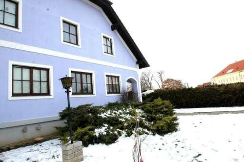 ++Schönes Mehrfamilienhaus++ Top Investitions Potenzial++Weinberg nähe ++