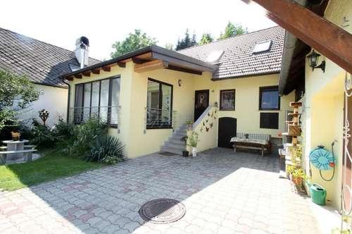 Schönes Einfamilienhaus zu verkaufen++210m² Wohnfläche++Grundstück 900m²++Sauna-Wellness,Whirlpool,6 Zimmer,