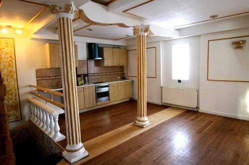++Zwei teilsanierte,schöne Häuser+Grundstücksgröße 1190m²++Ruhelage++Terasse++Keller