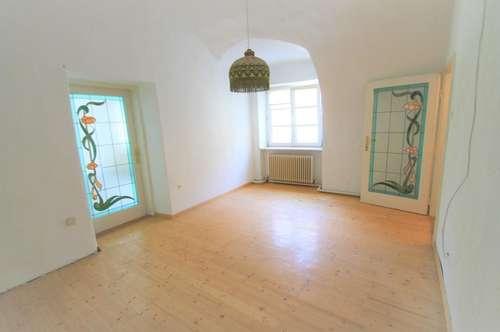 ++ Hainburg a. d. Donau ++ Haus mit zwei Lokalen ++ Großes Potenzial ++ Zentrale Lage ++ Grundstück 473 m² ++
