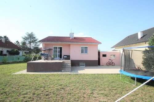 ++Hochwertig Renoviertes Einfamilienhaus mit 110m²++ großzügiger Garten von 567m²++Garage