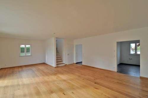 Wunderschönes Mietshaus (150m²) mit traumhaftem Ausblick in ruhiger zentraler Lage in Fürstenfeld! ERSTBEZUG