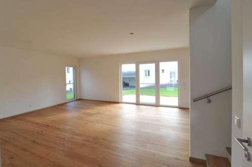Neubau: Exklusives Mietshaus (150m²) mit traumhaftem Ausblick in ruhiger zentraler Lage in Fürstenfeld! Erstbezug!