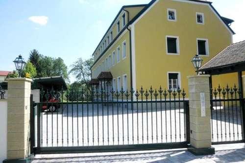 Wohnen im Südburgenland! Ferienapartments (68-81m²) mit Balkon und Carport in ruhiger, zentraler Lage! Erstbezug!