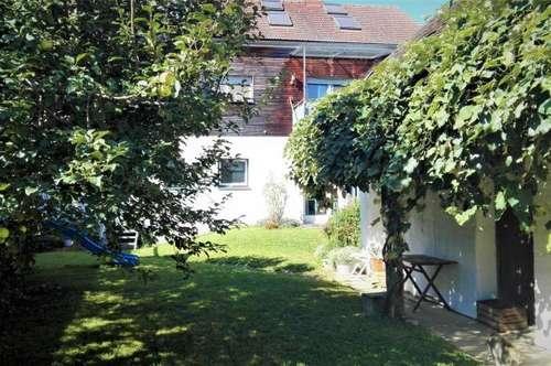 Rudersdorf: Großzügiges Ein-/Mehrfamilienhaus (333m²) in ruhiger Lage - Nähe Fürstenfeld!
