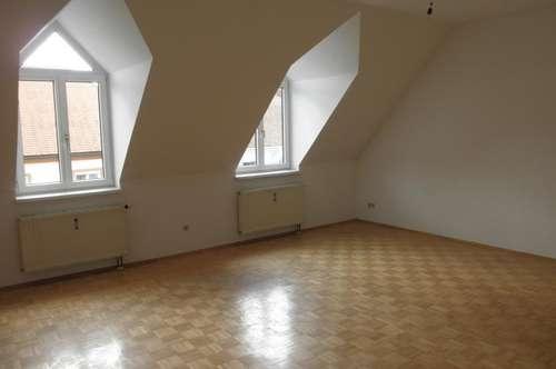 Gepflegte Mietwohnung (73m²) im Zentrum von Fürstenfeld!