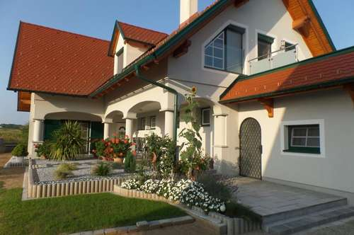 Wunderschönes Ein-/Mehrfamilienhaus in der Nähe von Güssing!
