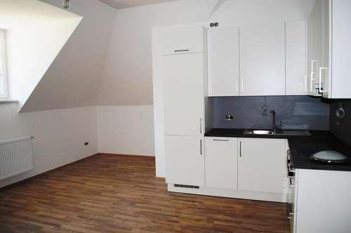 Schöne ruhige Lage:  Mietwohnung (52m²) in einer Altbauvilla in Fürstenfeld!