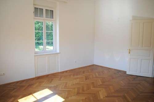 Schöne ruhige Lage: Mietwohnung (85m²) in einer Altbauvilla in Fürstenfeld!