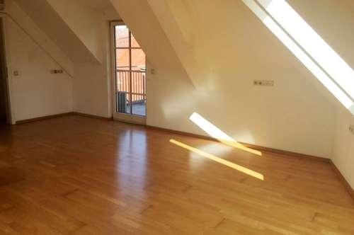 Helle Mietwohnung (70m²) mit Balkon im Zentrum von Fürstenfeld! Erstbezug nach Sanierung!