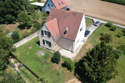 Gepflegtes Einfamilienhaus (96m²) mit großzügigem Garten in ruhiger Lage Nähe Ilz!