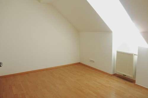 Großzügige Mietwohnung (91m²) mit 3 Schlafzimmern in zentraler Lage in Fürstenfeld!
