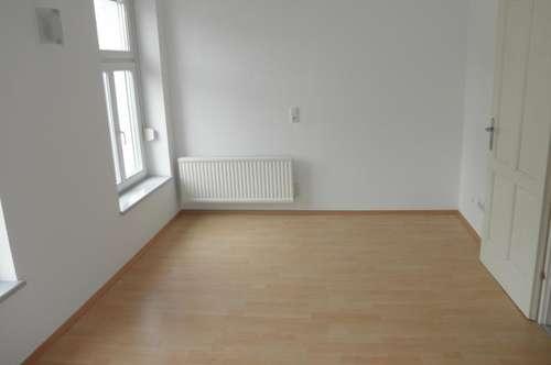 Im Zentrum von Jennersdorf: Helle Mietwohnung (55 m²) mit Terrasse in ruhiger zentraler Lage!