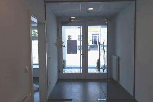 Zentral gelegenes Büro/Behandlungsräume (30m²) in Fürstenfeld - ab sofort zum Mieten!