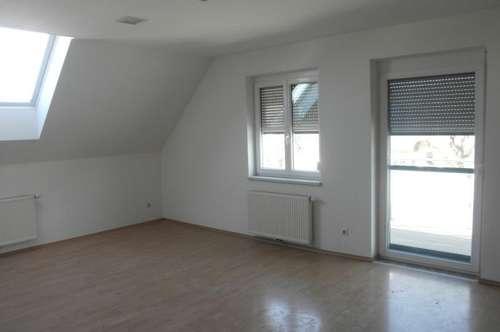 Geräumige Mietwohnung (73m²) mit Balkon in zentraler Lage in Fürstenfeld!