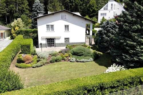 Sonniges Einfamilienhaus mit Fernblick in Zentrumsnähe