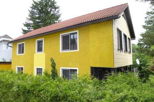 Einfamilienhaus mit Garten in ruhiger Wohnsiedlung
